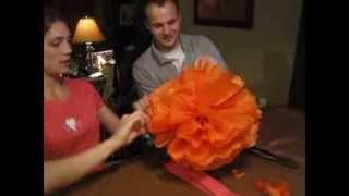 How to make large tissue pom poms