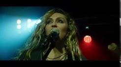 Black Mirror   Ashley O concert scene