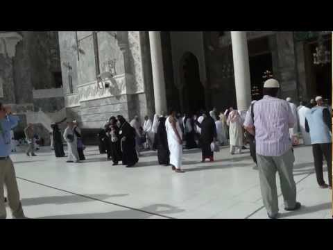 Walking to Masjidil Haram from Al-ghanaim Hotel(behind Le meridien Makkah)
