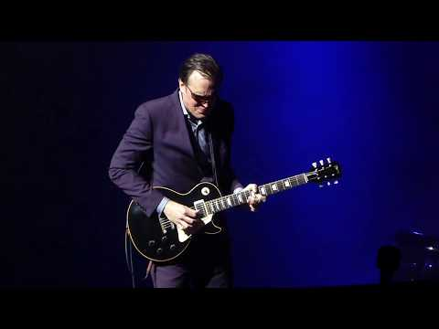 Joe Bonamassa - Blues Deluxe - 5/10/14 Landmark Theatre - Syracuse, NY