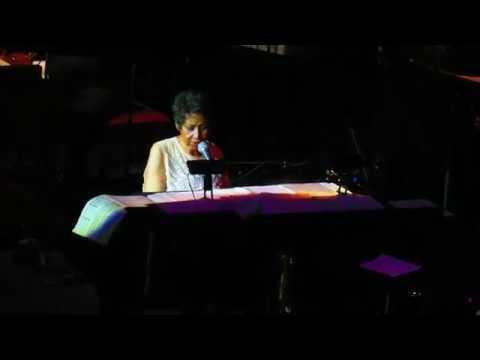 Aretha Franklin - A Brand New Me - 3/23/17 - Mohegan Sun Arena - Uncasville, CT