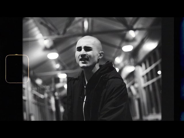 Sizzi Gee -   Even If The End Was Near