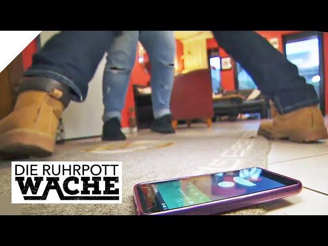 Creepy Verehrer schleicht durchs Haus   #SmolikSamsatg   Die Ruhrpottwache   SAT.1 TV