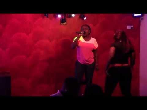 Shaunz Bar Karaoke Deju vu IBK