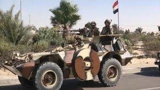 مصر تعلن مقتل ثمانية إرهابيين وترسل تعزيزات عسكرية إلى شمال سيناء- أخبار الآن