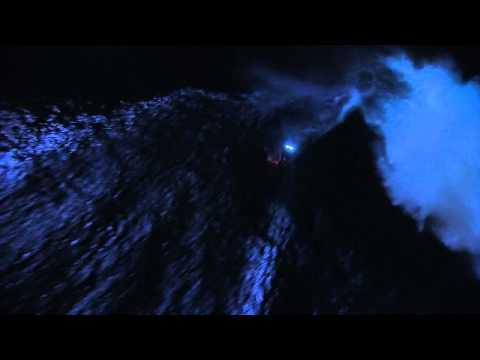 Mark Visser Rides JAWS (Peahi), Hawaii at Night!