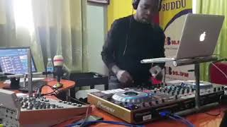 Dj #Mutesa pro is there for you in this quarantine times respect ✊ papa