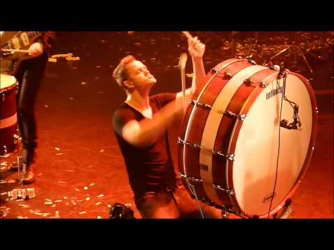 Imagine Dragons - L'Olympia - Radioactive (Live) - HD