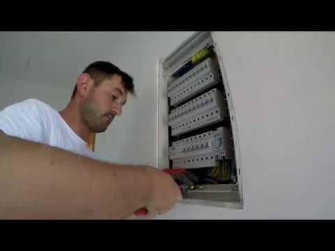 Povezivanje table Hager Volta 36M