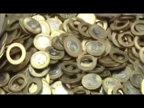 Live Video of Police Raid and Busted A Fake Indian Coins Making Factory and Machines in India