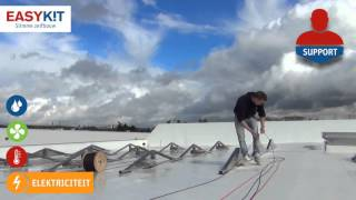Zelf je pv zonnepanelen plaatsen op een plat dak (Oost-West opstelling)