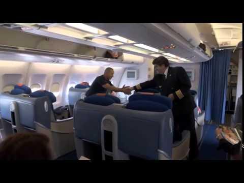 Ultimo Vuelo Comandante FERNANDO BILBAO Air Europa A330 MAD-CCS-MAD.