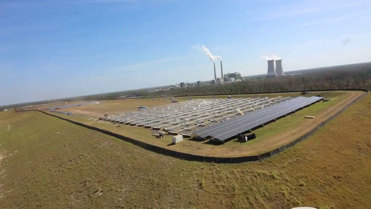Construction Time Lapse of OUC Solar Farm in East Orange County