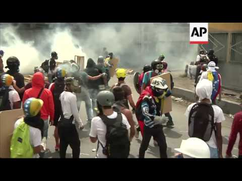 Venezuelan police clash with protesters