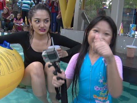 Wow Seksinya Siti Badriah Basah-basahan di Dalam Air