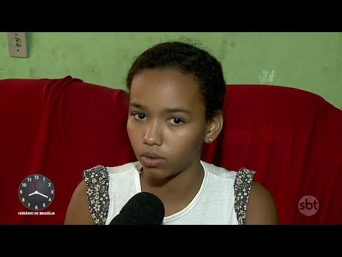 Menina chora lágrimas de sangue e médicos tentam entender o problema | Primeiro Impacto (07/03/18)