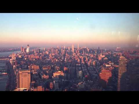 The Laurie DeYoung Show - Time Lapse From The World Trade Center