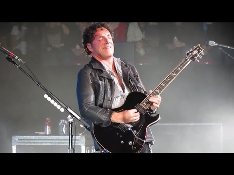 """JOURNEY (in HD) -- Neal Schon Guitar Solo...  into """"Stone In Love"""", Montreal, 2012 ."""