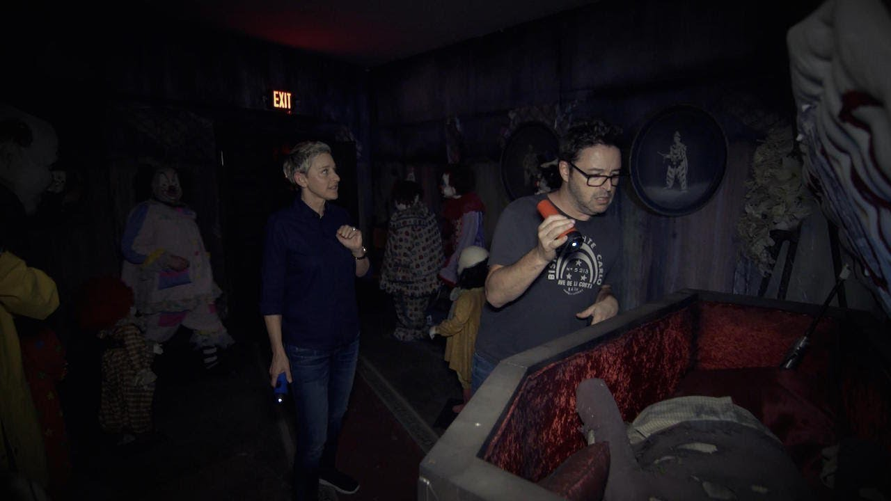 Ellen Andy Visit The It Haunted House Youtube