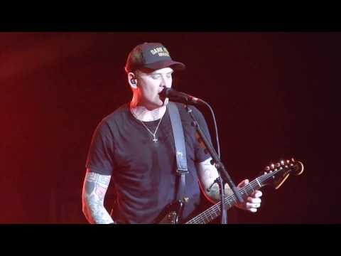 Blink 182 - Dumpweed & Always (Live 3-30-2017)