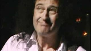 Queen + Paul Rodgers - Cosmos Rockin' (Live In Chile '08)