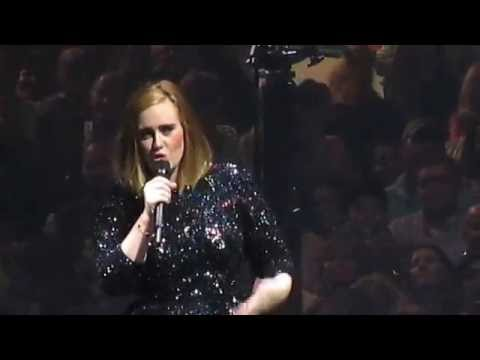 Adele - chat - selfies - TD Garden, Boston MA 9.15.16