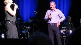Video Jackson - Glen Campbell & Debby - Glasgow 2010 download MP3, 3GP, MP4, WEBM, AVI, FLV Mei 2018