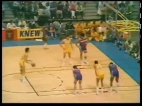 Rick Barry 38 points 1975 NBA Finals Game 3