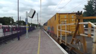 (HD) Colas Rail 56105 screams slighty whilst passing Ealing Broadway with a small HOBC |6Z05.