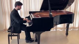 Shostakovich: Prelude and Fugue n. 7 in A major, from Op. 87 (Miguel Ribeiro Teixeira)