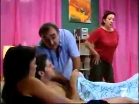 Funny Video Di ajarin pakai kondom