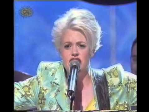 Dixie Chicks - There's Your Trouble (Live @ SMTV UK 1999)