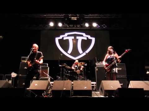 HUGH CORNWELL - DAGENHAM DAVE - Rebellion Festival 2015