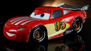Disney Store Pixar CARS Lightning McQueen Custom Pixar Diecast Artist Series Collection