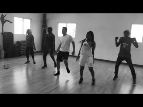 Sauvage Yani Martelly ft. Baky (Lyrics, Pawol, Paroles)