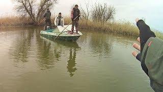 Мужики, а вы бы не могли здесь НЕ ЛОВИТЬ?)) Жёсткая борьба за места с крупной рыбой. Отборы на PAL