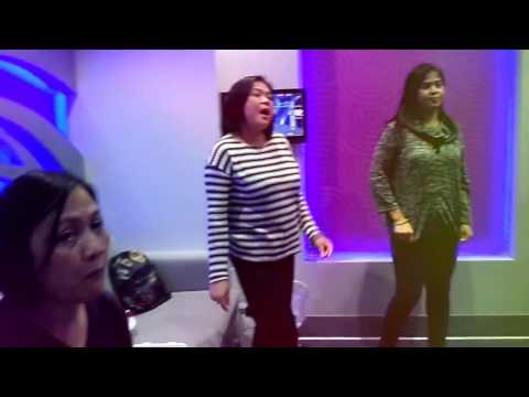 FRIENDS Karaoke Fun@HUB ZERO City Walk Dubai
