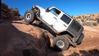 Goldbar Rim, Moab, Utah.  Jeep Off-road.  Jeep JL.  Jeep JK. Jeep LJ.  Jeep Brute.