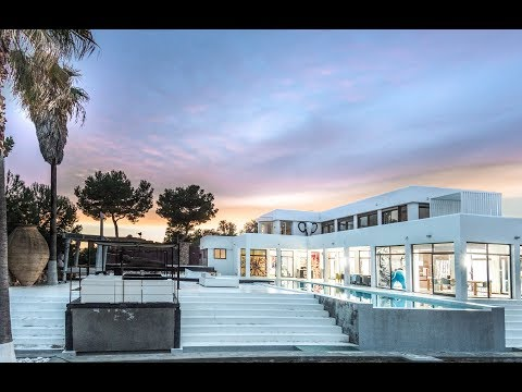 Villa Babylon - Absolutely stunning waterfront property in Ibiza