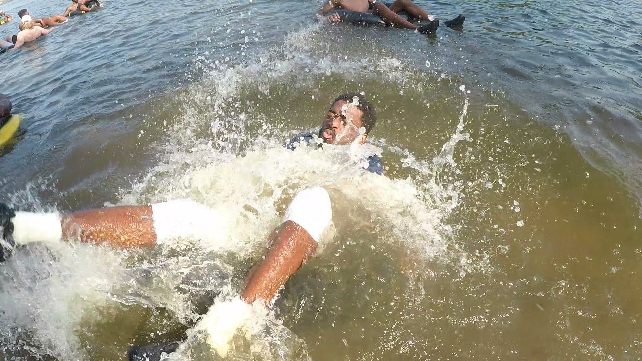 FOOTBALL: River Day