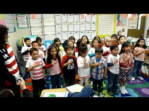 K3 kids recites the Pledge Of Allegiance