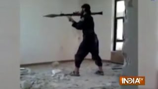 Video ISIS Fighter Blows Himself Up by Accident While Firing Rocket download MP3, 3GP, MP4, WEBM, AVI, FLV Mei 2018