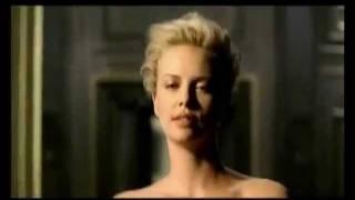Parodia spot Dior J'adore 2010 con Charlize Theron - Pubblicità doppiate thumbnail