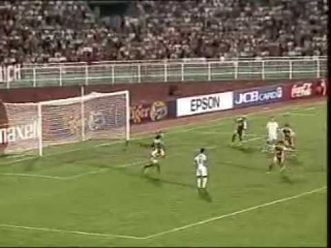 Singapore vs Vietnam : Tiger Cup 2004 Group Stage