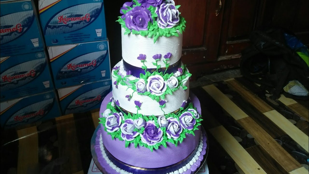 Wedding Cake Three Levels Flowers Blue Roses And Tutorials
