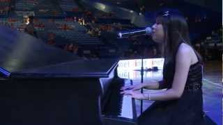 "Ritchell Lim singing ""Hallelujah"" at Perth Wildcats Game 15.02.2013"