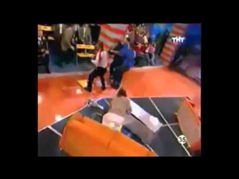 Bagarre générale complétement folle à télé russe!