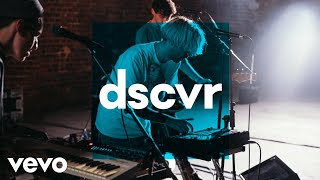 Bad Sounds - Living Alone - Vevo dscvr (Live)