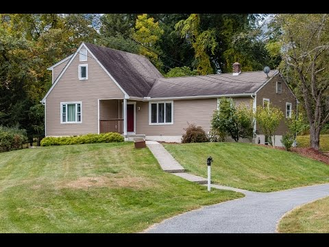Real Estate Video Tour | 11 Casper Creek Rd, Poughkeepsie, NY 12603 | Dutchess County, NY