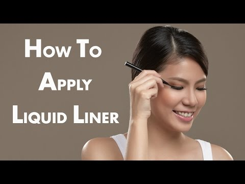 how to apply liquid eyeliner applying liquid eyeliner to the top lid youtube. Black Bedroom Furniture Sets. Home Design Ideas